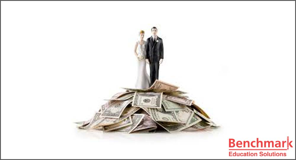 Marry for love or money